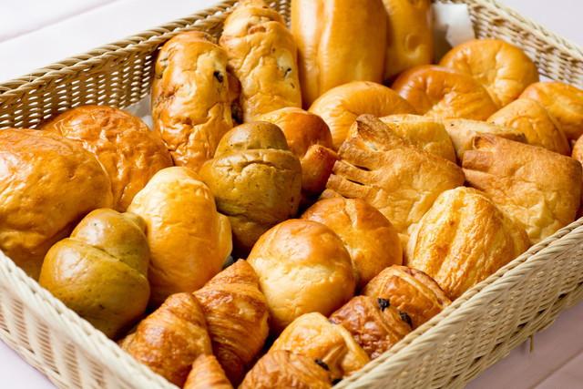 ハートランド明生苑(介護付有料老人ホーム)の画像(11)焼きたての手作りパン