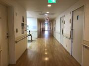ようせいメディカルコート(サービス付き高齢者向け住宅)の画像(12)廊下