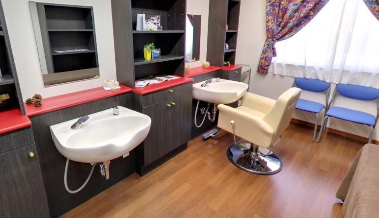 アンサンブル大宮日進(介護付有料老人ホーム)の画像(7)理美容室
