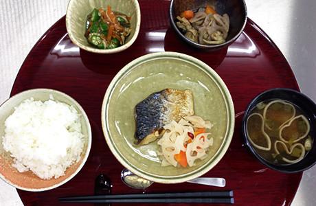 グレイプスガーデン西新井大師(サービス付き高齢者向け住宅)の画像(17)お食事