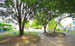 グレイプスガーデン西新井大師(サービス付き高齢者向け住宅)の画像(22)公園