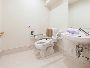 ツクイ春日部グループホーム(グループホーム)の画像(8)トイレ