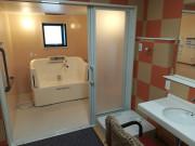 シニアの杜・越谷(介護付き有料老人ホーム)(介護付有料老人ホーム)の画像(5)介護用の個浴です。