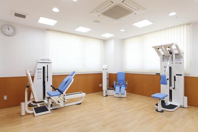 ニチイホーム西葛西(介護付有料老人ホーム)の画像(7)機能訓練室も完備