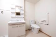 ゆいま~る花の木(サービス付き高齢者向け住宅)の画像(11)居室 トイレ