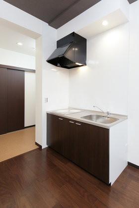 ハーウィル東岩槻アネックス(サービス付き高齢者向け住宅)の画像(7)居室キッチン