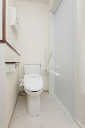 ハーウィル東岩槻アネックス(サービス付き高齢者向け住宅)の画像(8)居室内トイレ
