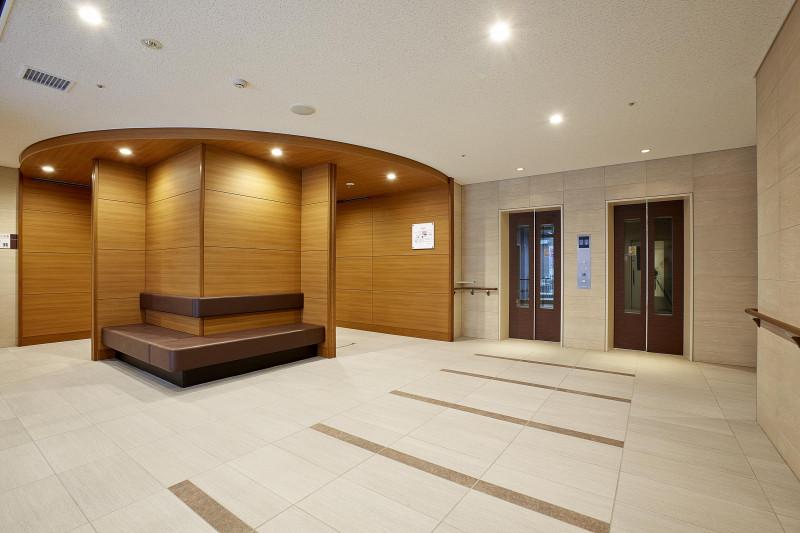 グレイプス川崎新町(サービス付き高齢者向け住宅)の画像(3)エントランスホール