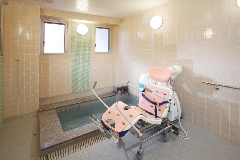グランダ元住吉(介護付有料老人ホーム(一般型特定施設入居者生活介護))の画像(7)1F 浴室