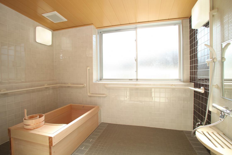 メディカル・リハビリホームグランダ日吉(介護付有料老人ホーム(一般型特定施設入居者生活介護))の画像(6)3F 浴室