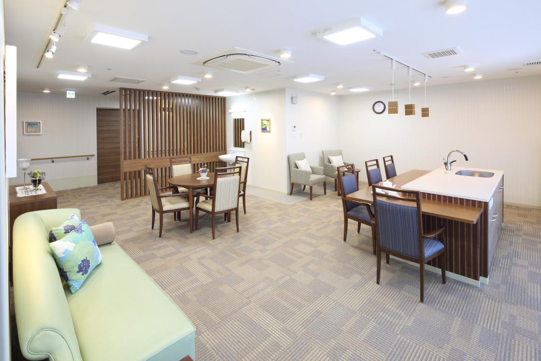 メディカルホームグランダ武蔵新城(住宅型有料老人ホーム)の画像(6)3F ティールーム