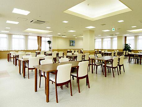 グッドタイムホーム・生田(介護付有料老人ホーム)の画像(11)食堂