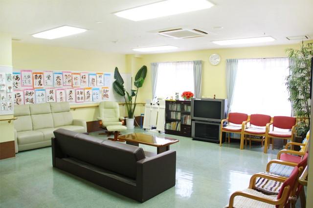 フローレンスケア宿河原(介護付有料老人ホーム)の画像(8)談話室