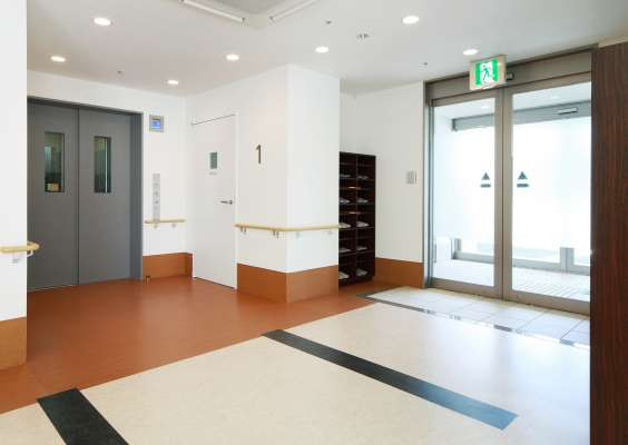 みんなの家・川崎中野島(介護付有料老人ホーム)の画像(2)エントランスホール