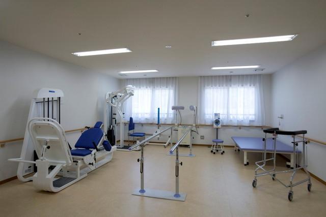 フローレンスケアたまプラーザ(介護付有料老人ホーム)の画像(8)機能訓練室①