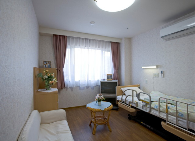 フローレンスケアたまプラーザ(介護付有料老人ホーム)の画像(10)居室