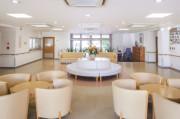 ニチイホーム鷺沼南(介護付有料老人ホーム)の画像(3)エントランスホール