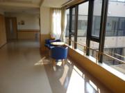 ニチイホームはるひ野Ⅱ番館(介護付有料老人ホーム)の画像(11)廊下②