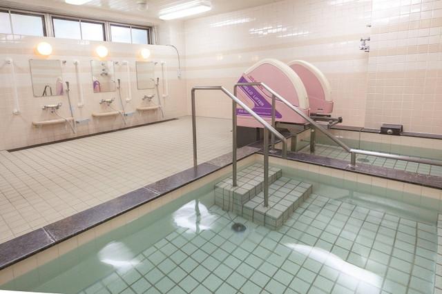 ニチイホーム新百合ヶ丘(介護付有料老人ホーム)の画像(6)浴場