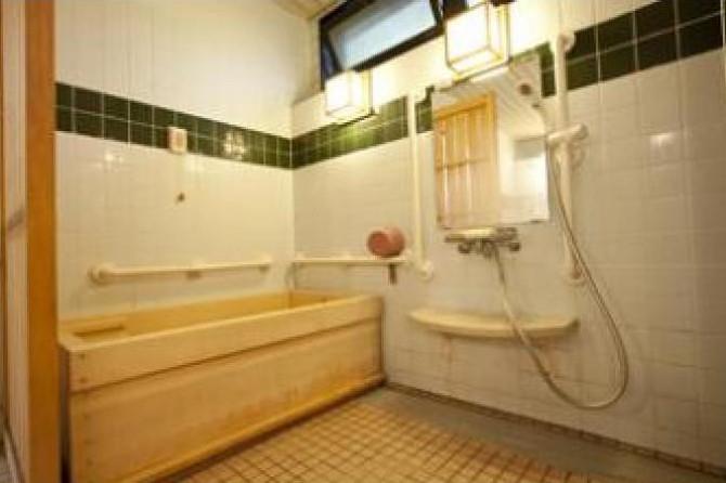 メディカルホームグラニー保土ヶ谷・横浜(介護付有料老人ホーム(一般型特定施設入居者生活介護))の画像(4)1F 浴室