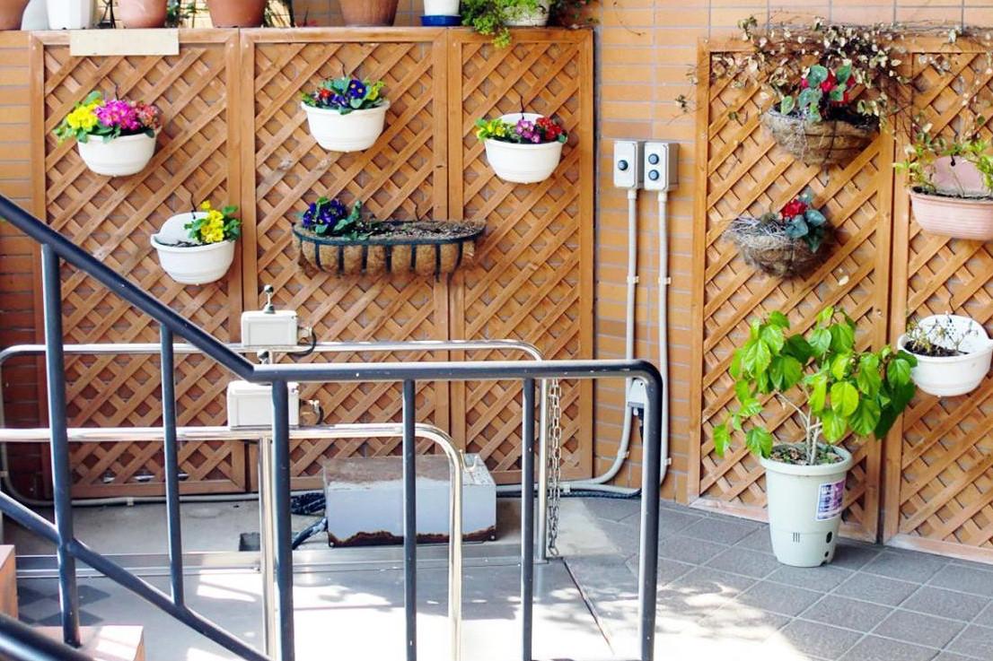 グランダ保土ヶ谷・横浜(介護付有料老人ホーム(一般型特定施設入居者生活介護))の画像(8)玄関