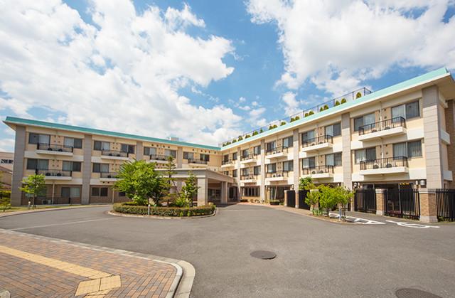 フェリエドゥ横浜鴨居(介護付有料老人ホーム)の画像(1)