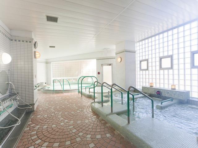 ヴィンテージ・ヴィラ洋光台(介護付有料老人ホーム)の画像(4)大浴場
