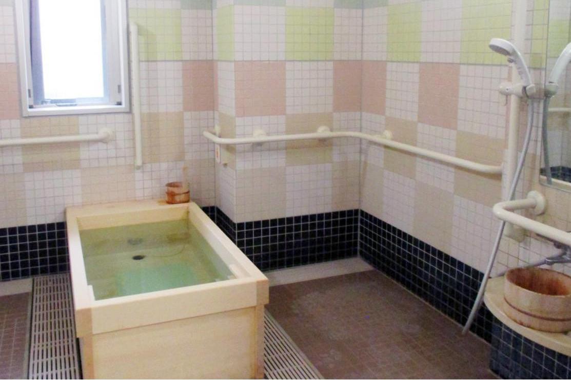 メディカルホームグランダ金沢文庫(介護付有料老人ホーム(介護専用型/一般型特定入居者生活介護))の画像(7)1F 浴室