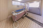 ニチイホーム菊名(介護付有料老人ホーム)の画像(3)機械浴室