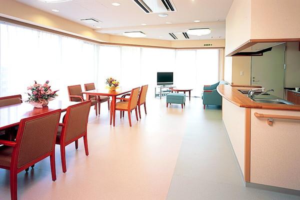 せらび新横浜(介護付有料老人ホーム)の画像(6)食堂