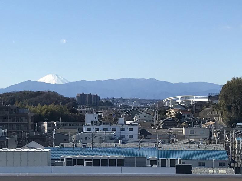 せらび新横浜(介護付有料老人ホーム)の画像(10)屋上より