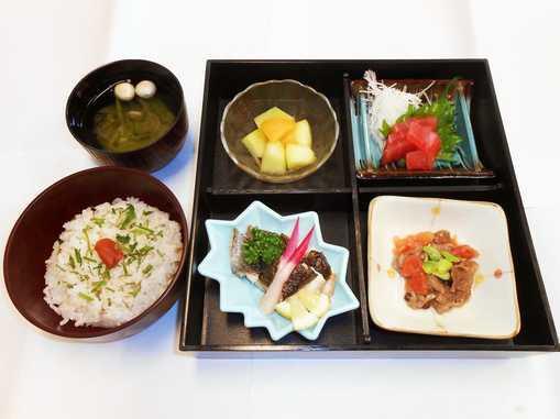 せらび新横浜(介護付有料老人ホーム)の画像(13)食事