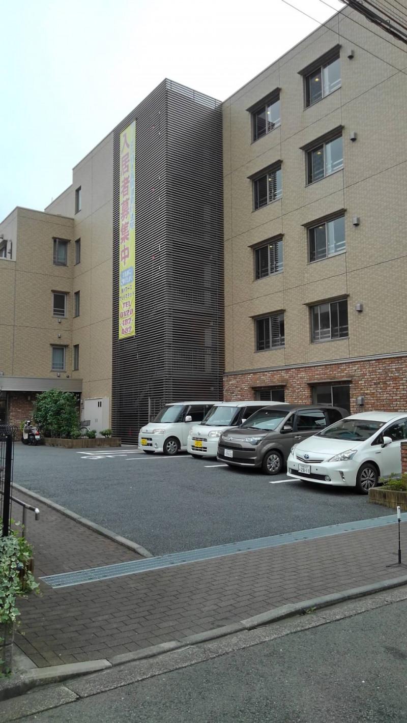リリィパワーズレジデンス高田西(サービス付き高齢者向け住宅)の画像(2)