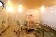 くらら上大岡(介護付有料老人ホーム(一般型特定施設入居者生活介護))の画像(5)1F 浴室
