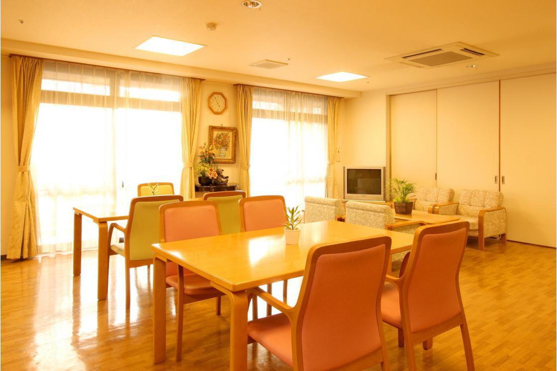 くらら上大岡(介護付有料老人ホーム(一般型特定施設入居者生活介護))の画像(4)