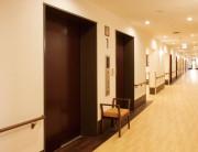ライフコミューン上大岡(介護付有料老人ホーム)の画像(5)エレベーターホール