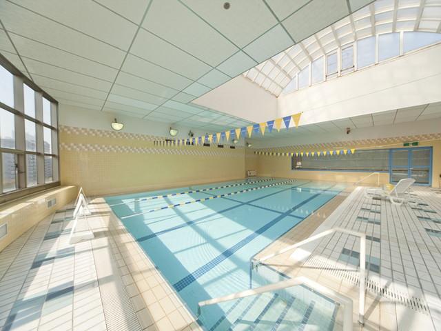 ヴィンテージ・ヴィラ横浜(介護付有料老人ホーム)の画像(5)プール