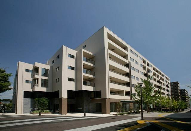 グランクレールセンター南(住宅型有料老人ホーム)の画像(1)外観