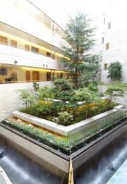 SOMPOケア ラヴィーレあざみ野(介護付有料老人ホーム)の画像(17)庭園
