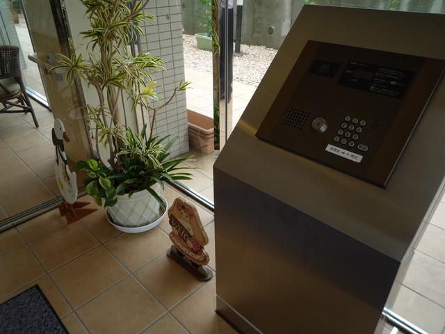 あんじゅ三崎口(サービス付き高齢者向け住宅)の画像(26)オートロック