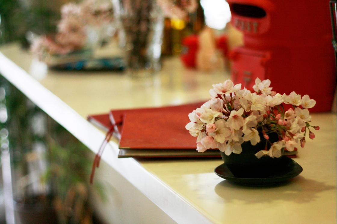 グランダ深沢・鎌倉(介護付有料老人ホーム(一般型特定施設入居者生活介護))の画像(3)エントランス