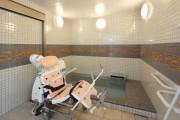 グランダ学芸大学(介護付有料老人ホーム(一般型特定施設入居者生活介護))の画像(7)1F 浴室