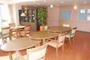 フェリエドゥ高座渋谷(住宅型有料老人ホーム)の画像(3)食堂