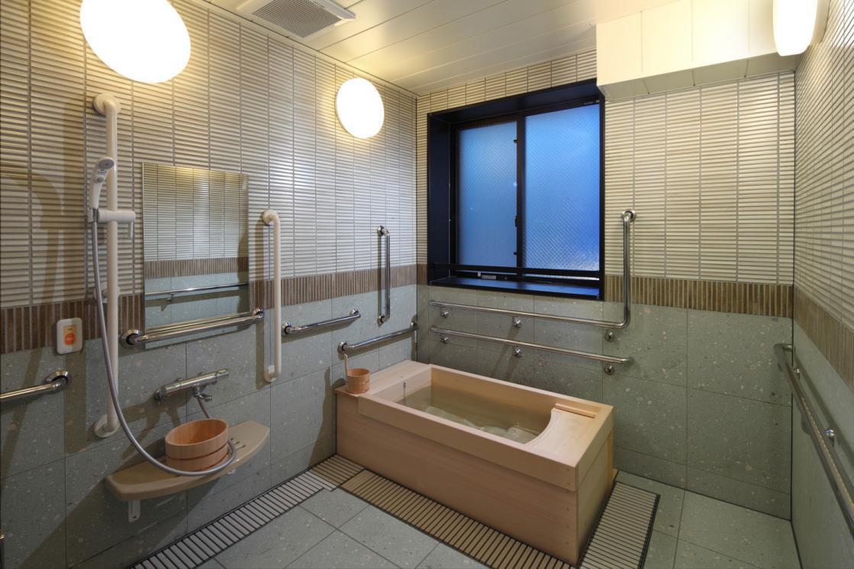グランダ目黒(介護付有料老人ホーム(一般型特定施設入居者生活介護))の画像(6)1F 浴室