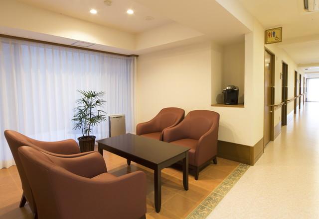 グレースメイト鷺ノ宮弐番館(介護付有料老人ホーム)の画像(8)各階の談話室