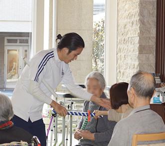 グレースメイト鷺ノ宮弐番館(介護付有料老人ホーム)の画像(15)充実のリハビリ