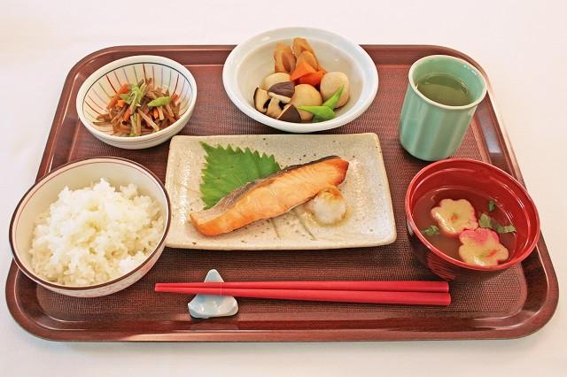 グレースメイト鷺ノ宮(介護付有料老人ホーム)の画像(4)お食事