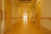 メディカル・リハビリホームくらら武蔵境(介護付有料老人ホーム(一般型特定施設入居者生活介護))の画像(9)廊下