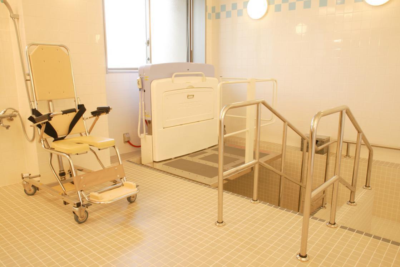 メディカル・リハビリホームくらら武蔵境(介護付有料老人ホーム(一般型特定施設入居者生活介護))の画像(6)1F 浴室