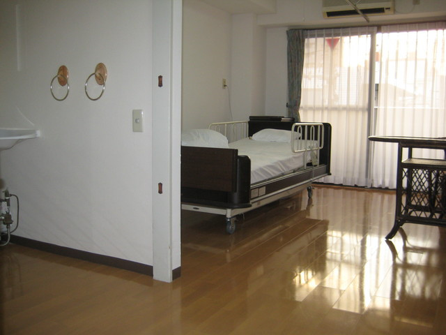 サンビレッジ三鷹(介護付有料老人ホーム)の画像(4)居室